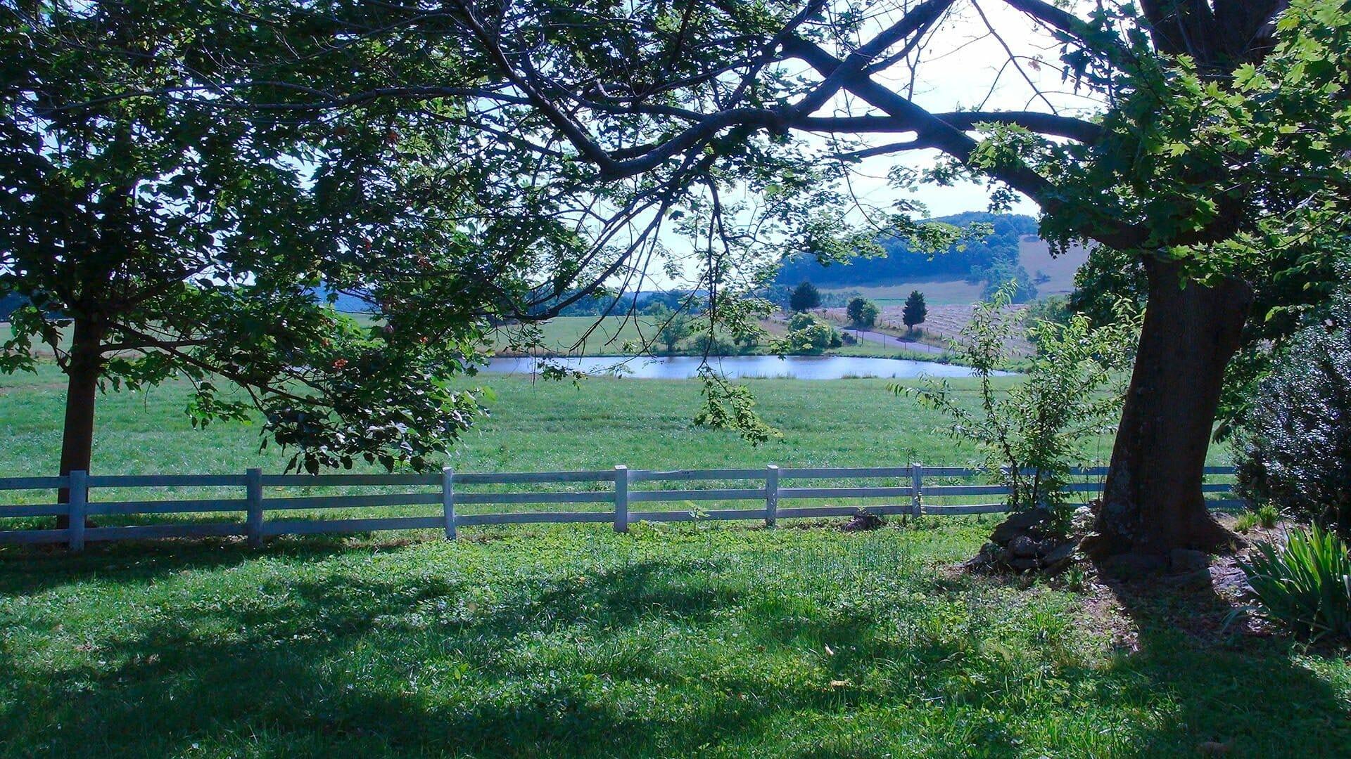 Valley View Farm Garden Lake